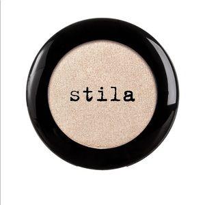 Stila Eyeshadow Compact in Kitten